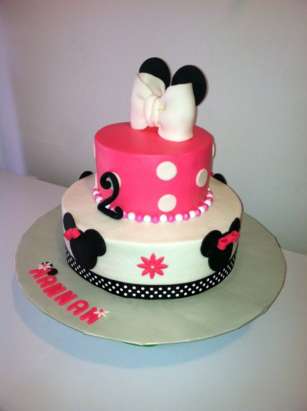 Minnie Mouse Cake Bc Icing With Fondant Decorations