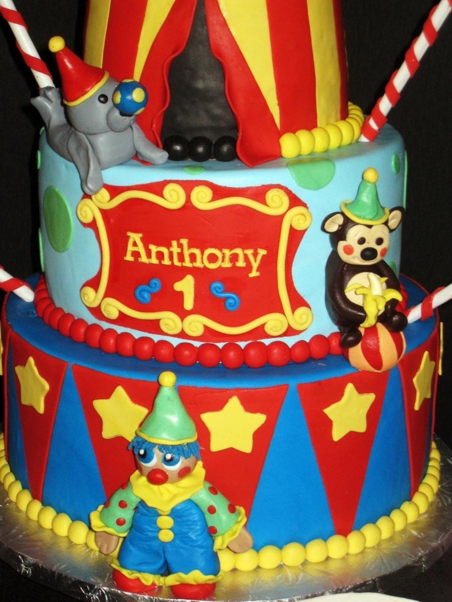 Circus Themed Birthday Cake Smash Cake Amp Popcorn Cake