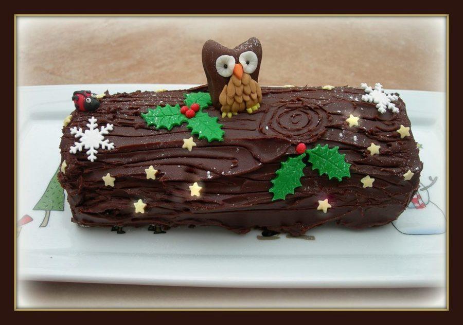 Fresh Cream Chocolate Ganache Yule Log Cakecentral Com