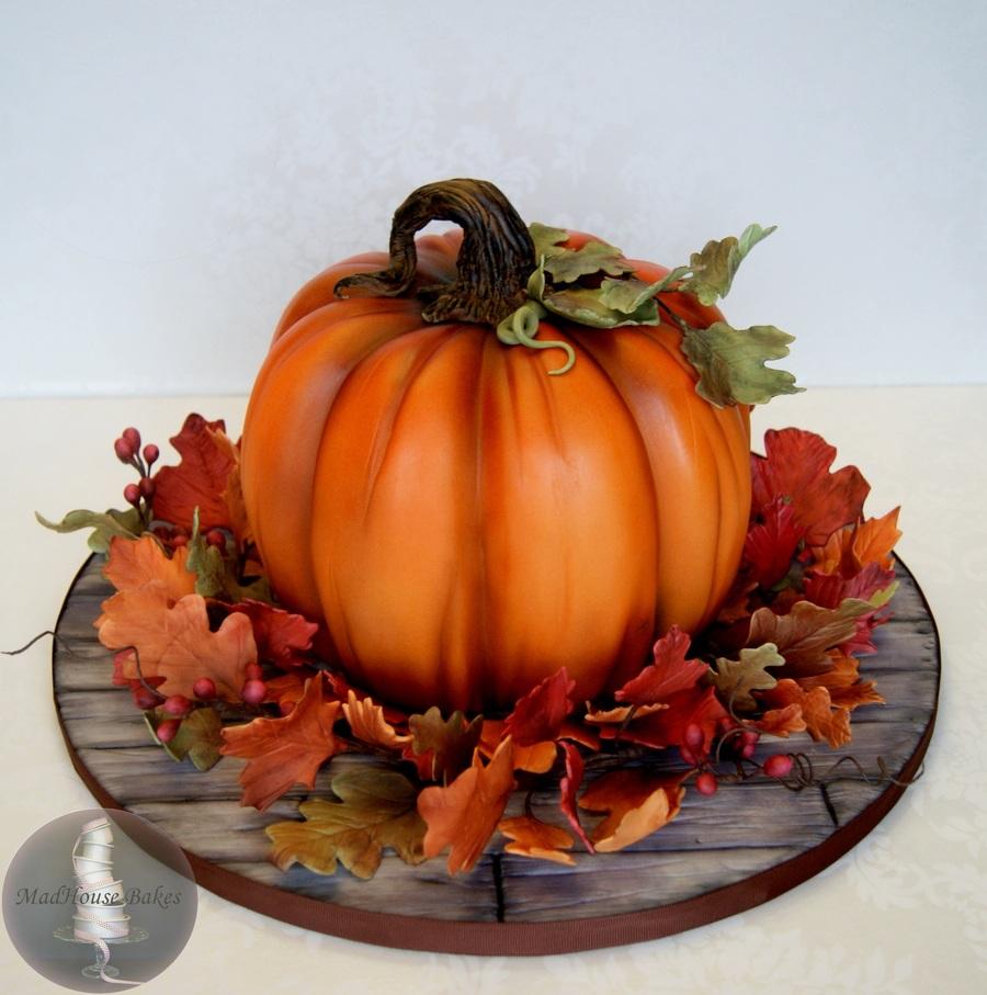 Pumpkin Cake For Fall
