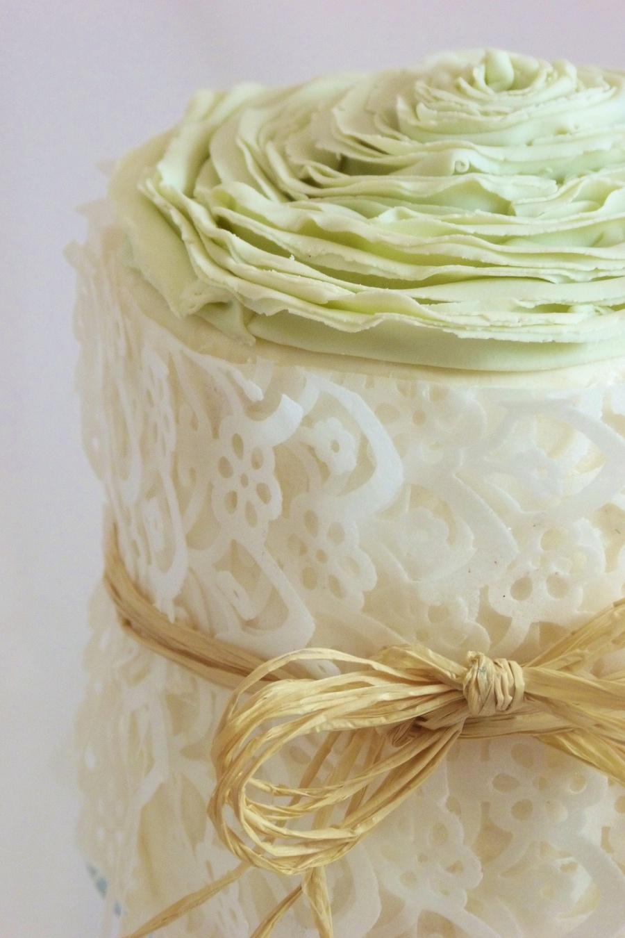 Edible Rice Paper Lace And Fondant Rose Cake Cakecentral Com