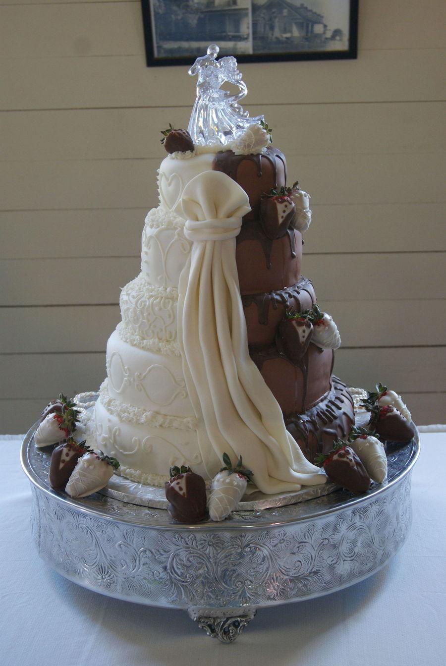 Half And Half Wedding Cake Cakecentral Com