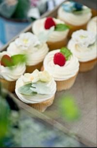 Vintage Rustic Garden Wedding Cupcakes