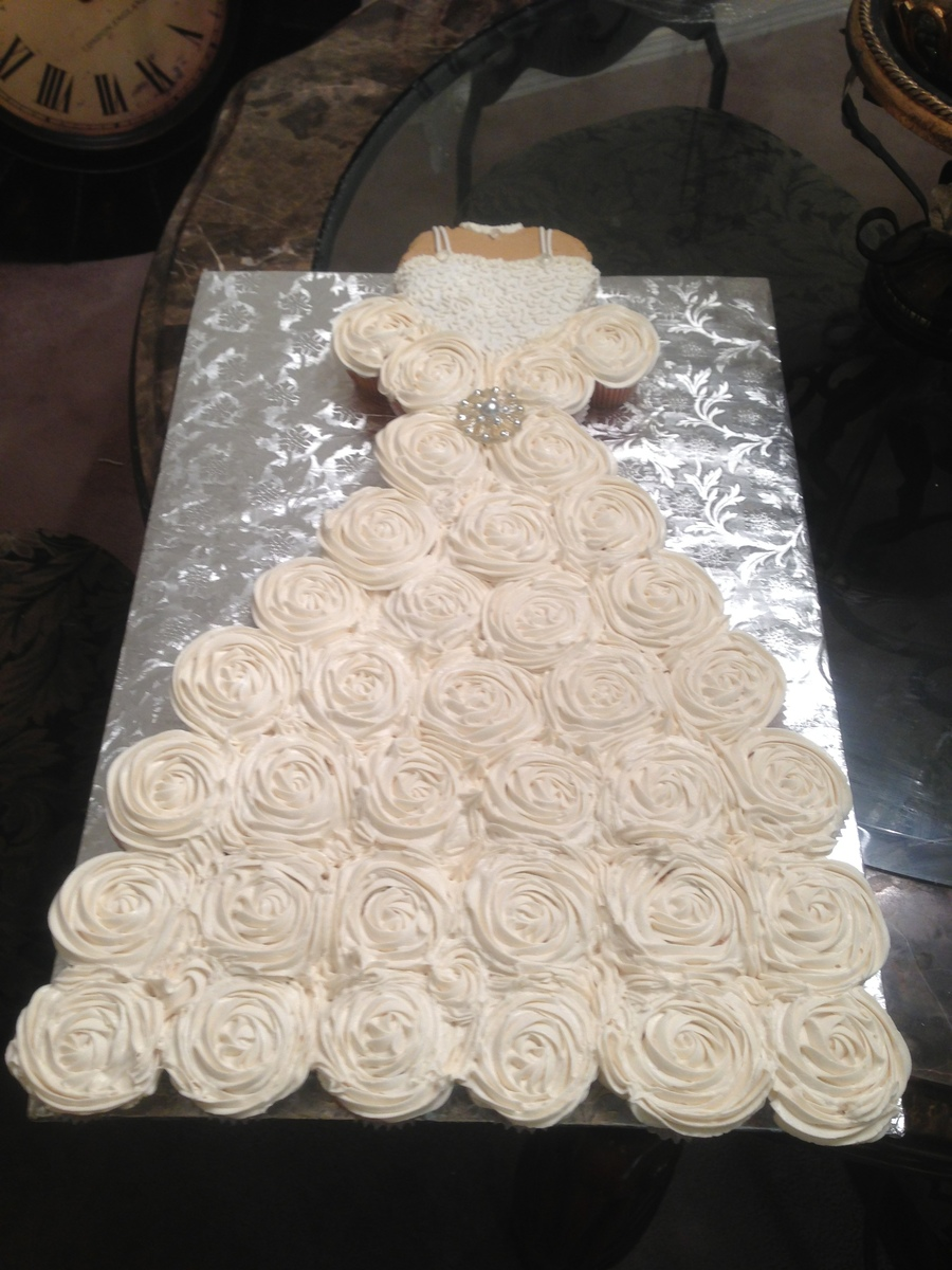 Cupcake Wedding Dress For A Bridal Shower Bodice Is A Heart Shape Cake Covered With Fondant