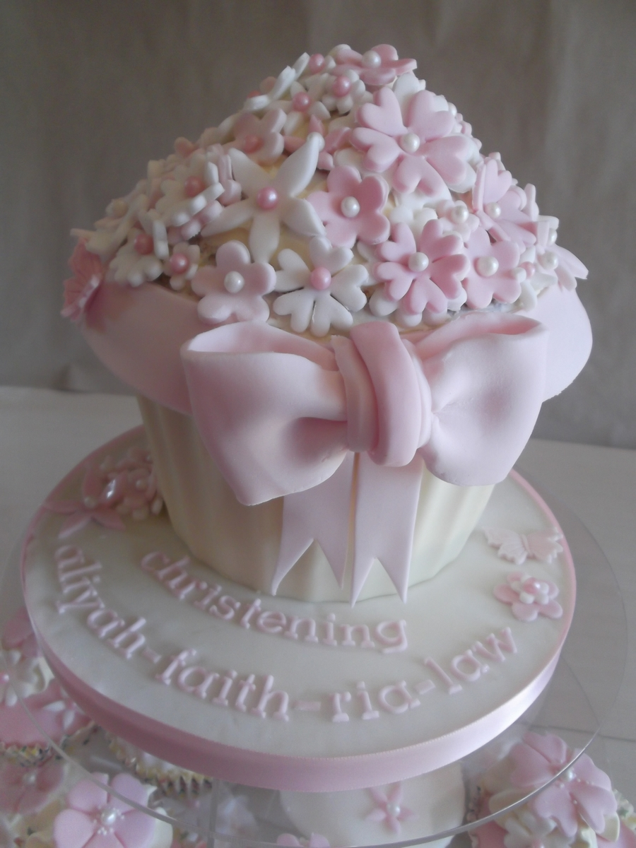 Giant Cupcake Christening Cakecentralcom. SaveEnlarge & Giant Cupcake Boy Decoration Ideas - Elitflat
