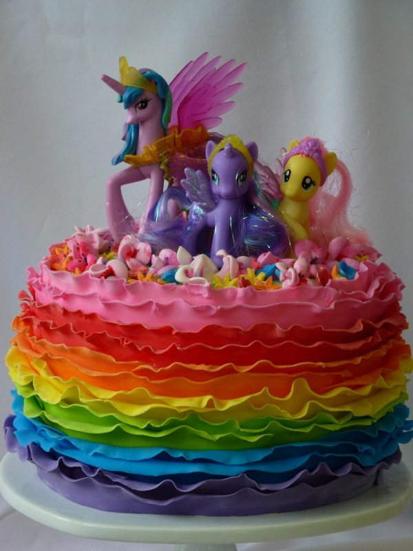 Little Pony Rainbow Ruffle Cake
