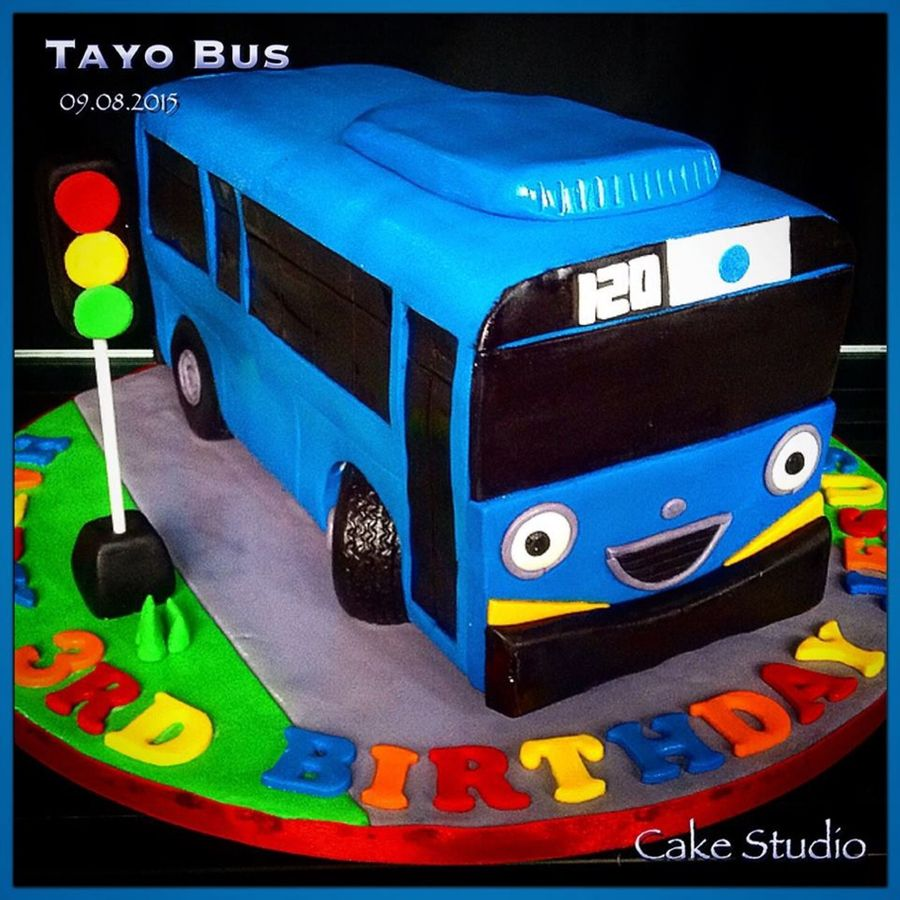 Birthday Cake Wallpaper 3d Download Tayo Bus Cakecentral Com