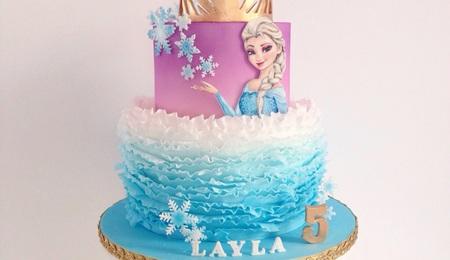 Elsa Cake Decorating Photos