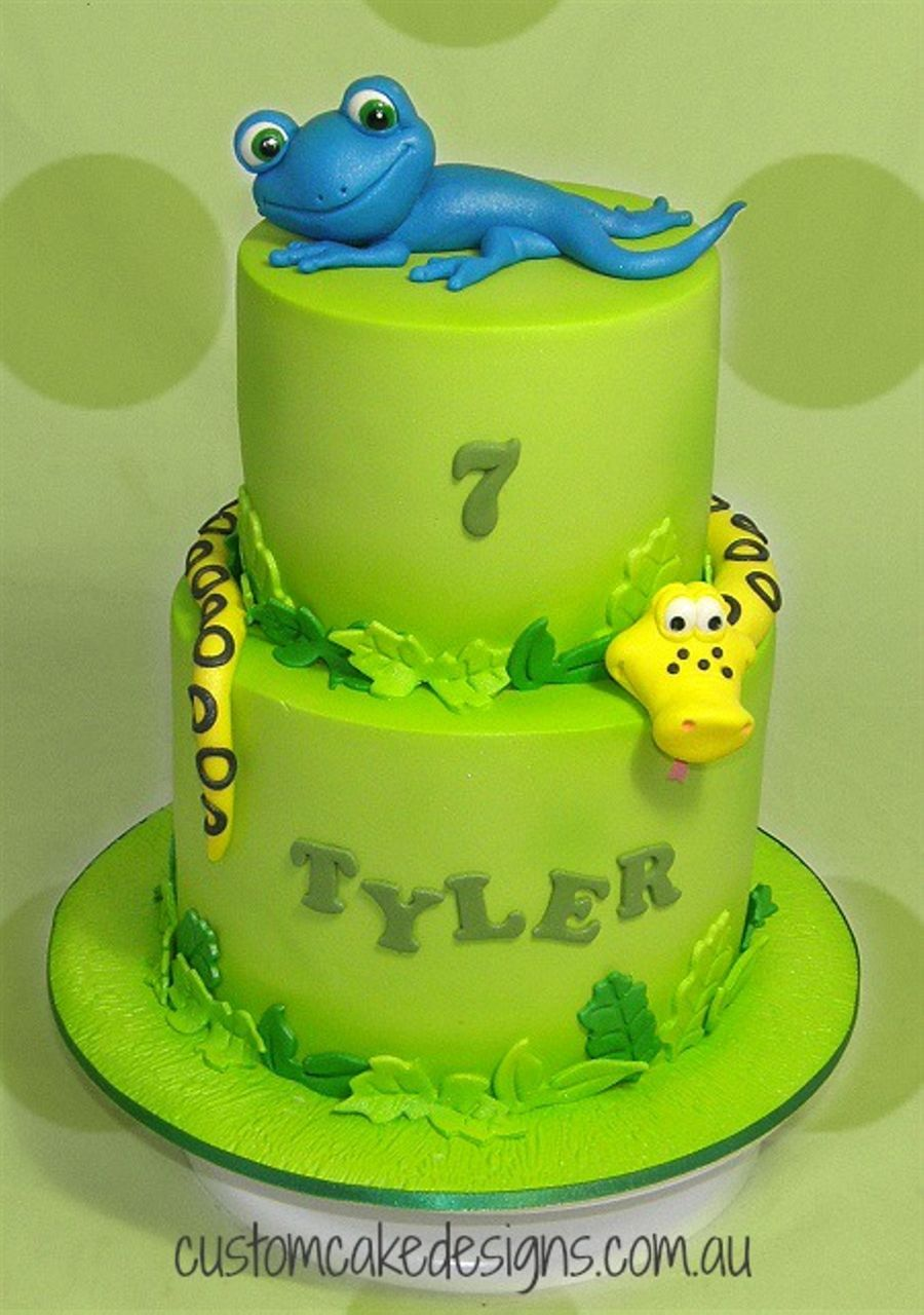 Lizard And Snake Cake  CakeCentralcom