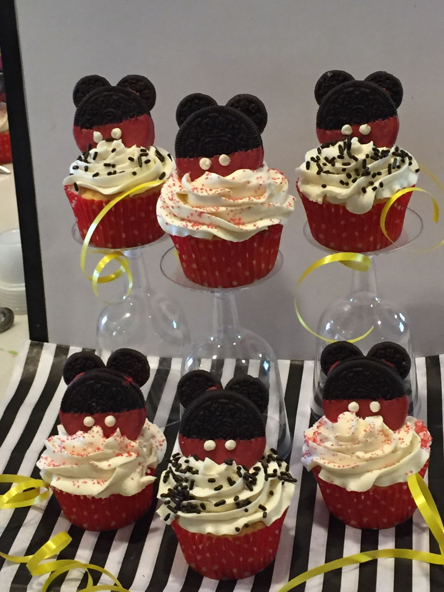 Mickey Mouse Cupcakes Cakecentral Com