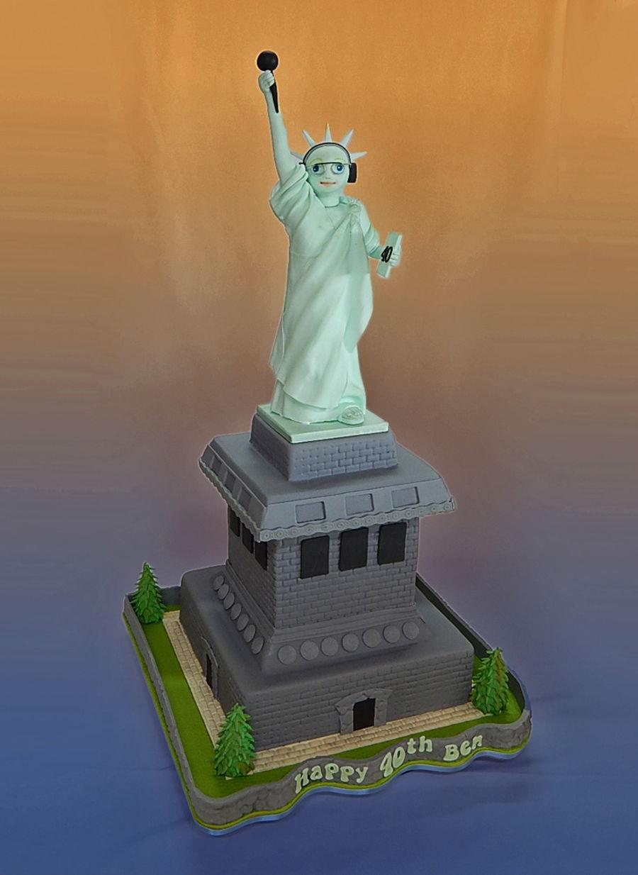 New York 40Th Birthday Cake  CakeCentralcom