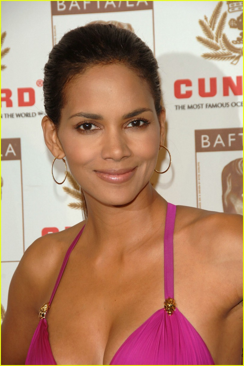 Halle Berry Nose Job : halle, berry, Halle, Berry:, Plastic, Surgery!:, Photo, 2415607, Berry,, Surgery, Pictures, Jared