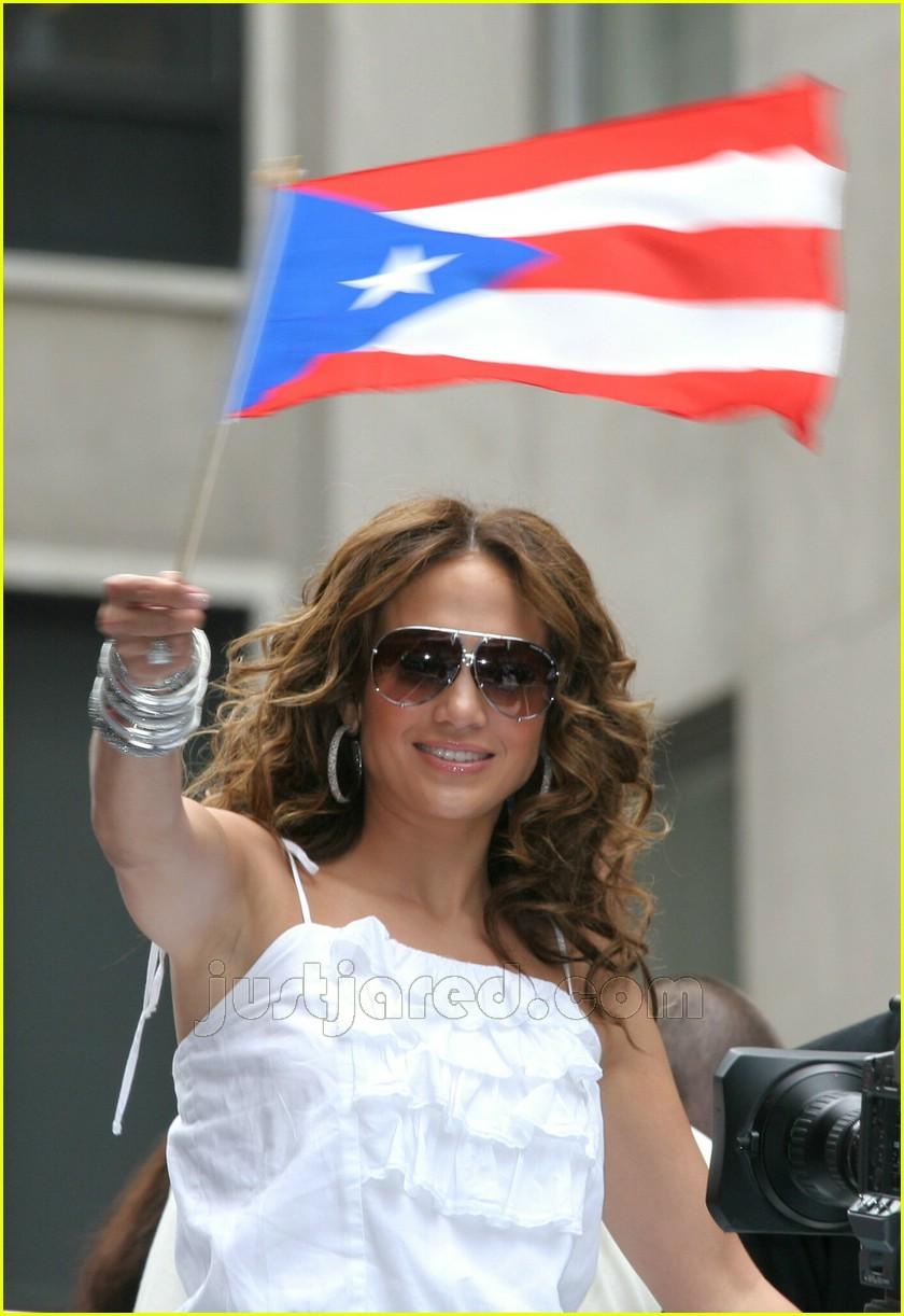 Jennifer Lopez Shows Off Some Puerto Rican Pride Photo 431261  Jennifer Lopez Marc Anthony