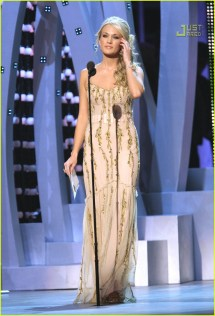 Carrie Underwood' Cmas Performance 2007 717331