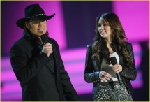 Miley Cyrus Performs 2008 Cmt Music Awards