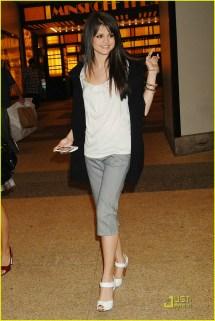 Selena Gomez Sweats Shia Labeouf 1309161