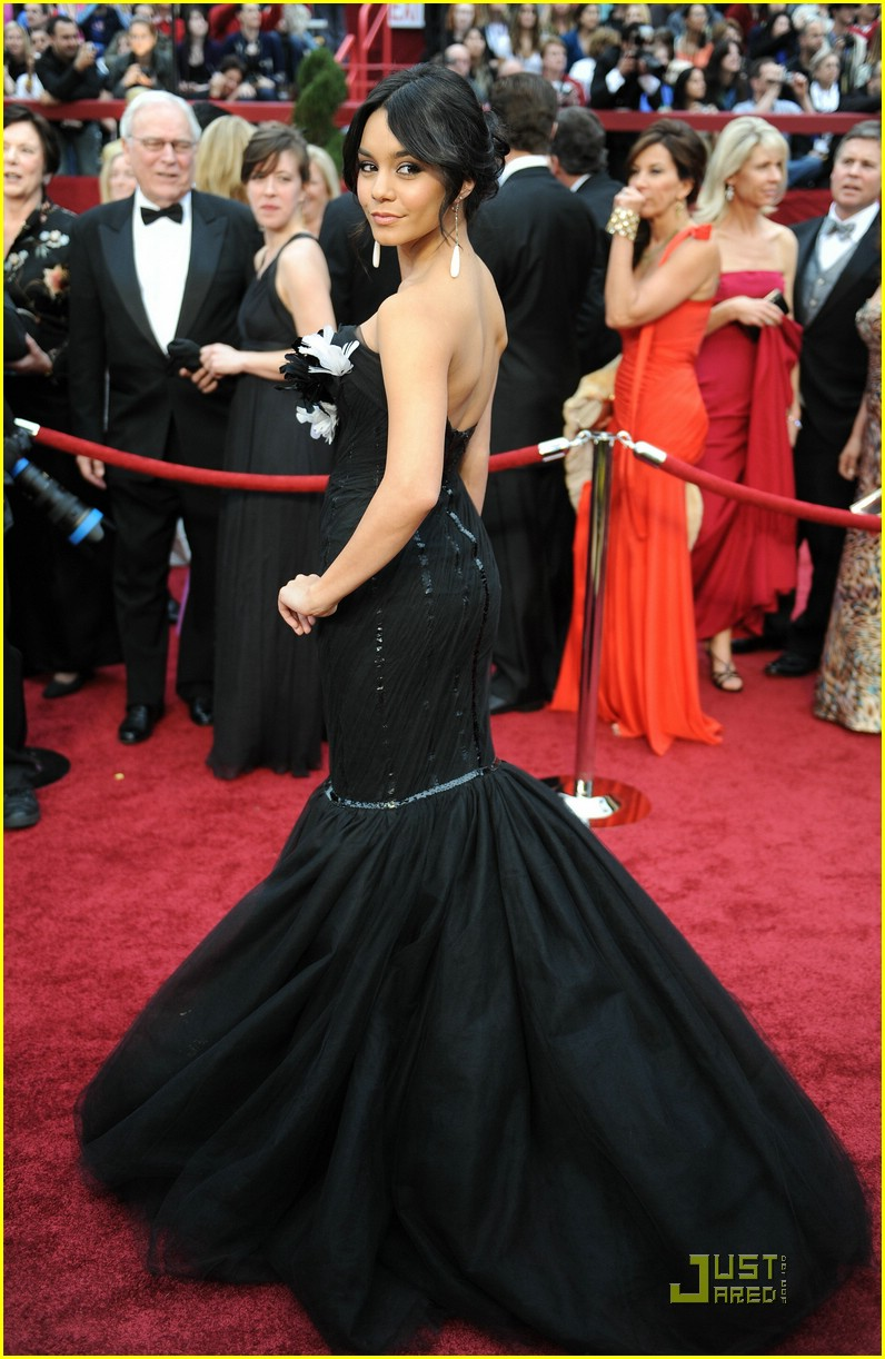 Zac Efron Amp Vanessa Hudgens Oscars 2009 Photo 1743411