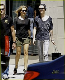 Bill Kaulitz Visits Hollywood Hotspots 2475716