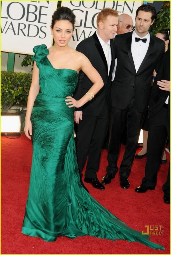Mila Kunis - Golden Globes 2011 Red Carpet 2511859