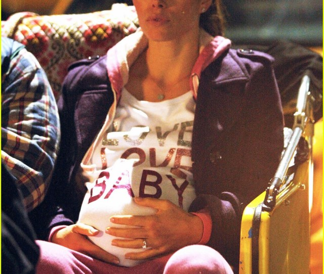 Jessica Biel New Years Eve Baby Belly