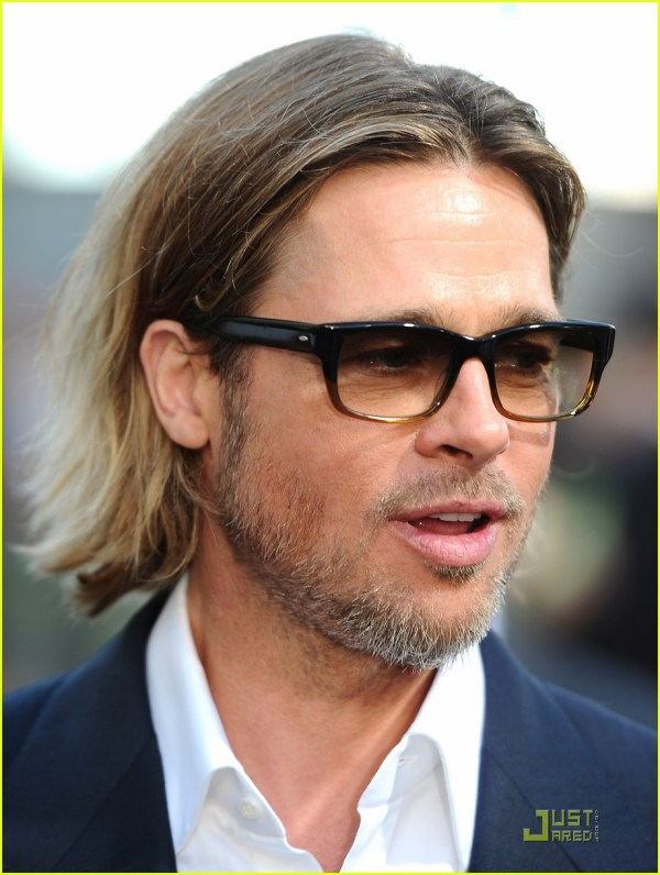 Brad Pitt Premieres 'moneyball' In Oakland 2582120