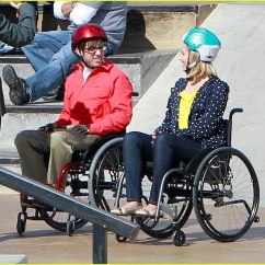 Wheelchair Glee Green Chair 2005 Dianna Agron What Is Quinn S Fate On Photo 2631623