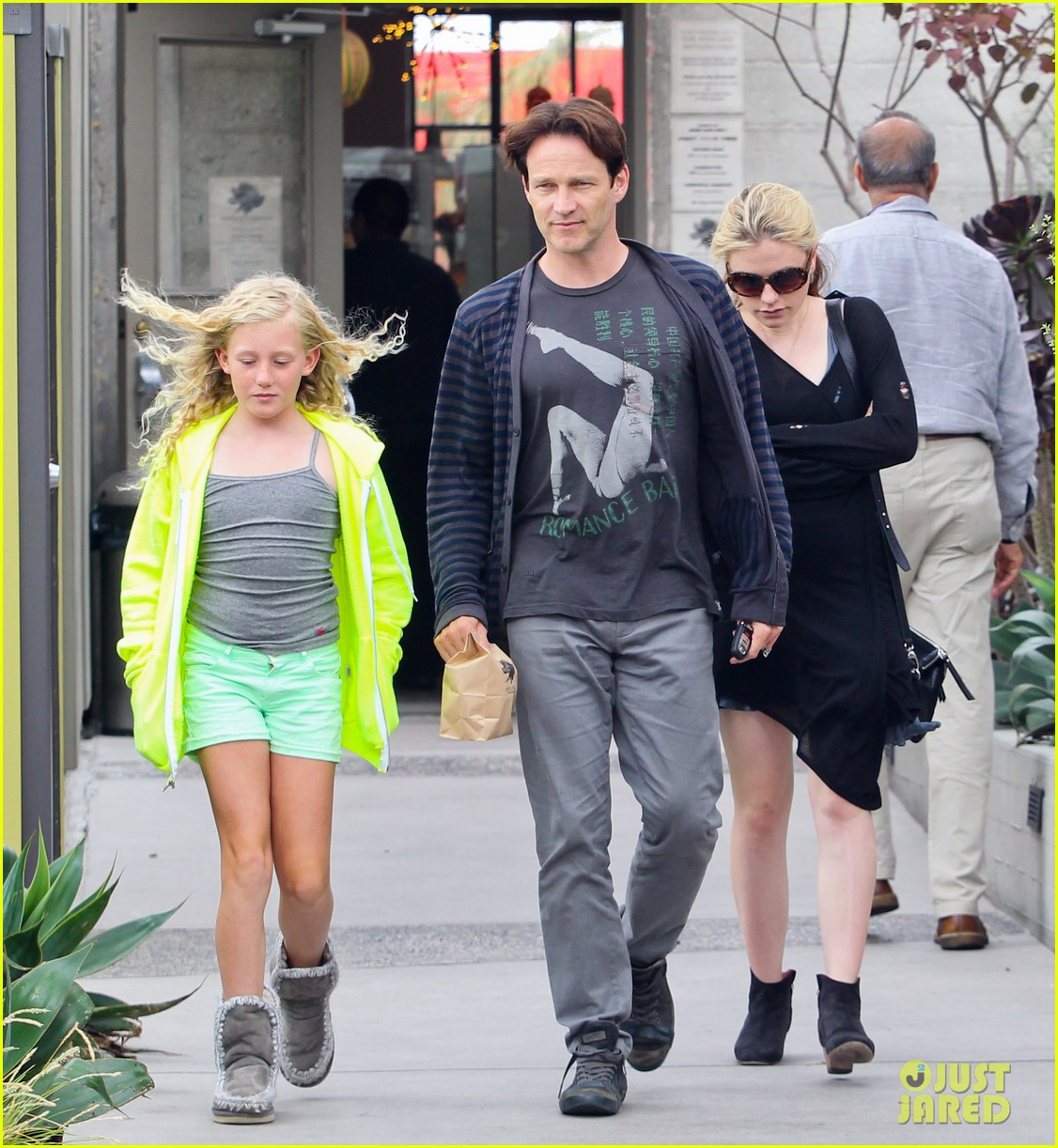 Anna Paquin Amp Stephen Moyer Lunch With Lilac Photo