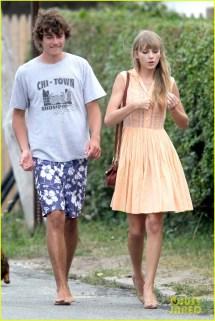 Taylor Swift Kennedy