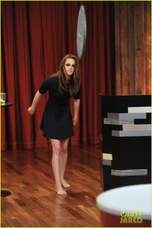 Kristen Stewart Barefoot Jimmy Fallon