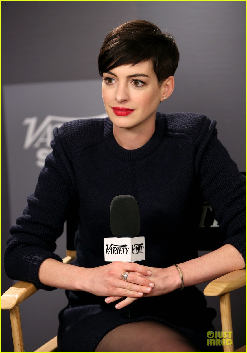 Anne Hathaway Near Drowning Stories Were False Photo