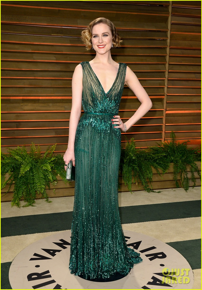 evan rachel wood channels old hollywood for vanity fair oscars party 2014 03