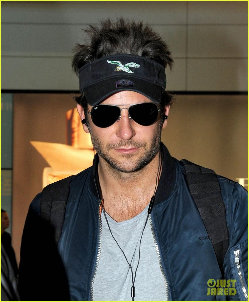 Spiky Hair Visor : spiky, visor, Bradley, Cooper, Rocks, Visor, Spiked, London, Landing:, Photo, 3213120, Pictures, Jared