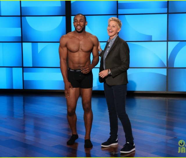 Stephen Twitch Boss Gets Waxed For Magic Mike Xxl Video