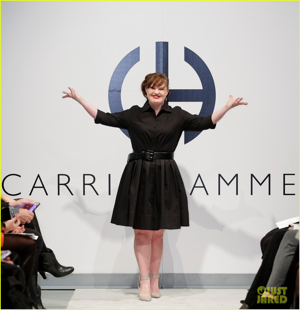 jamie brewer makes fashion week history 03