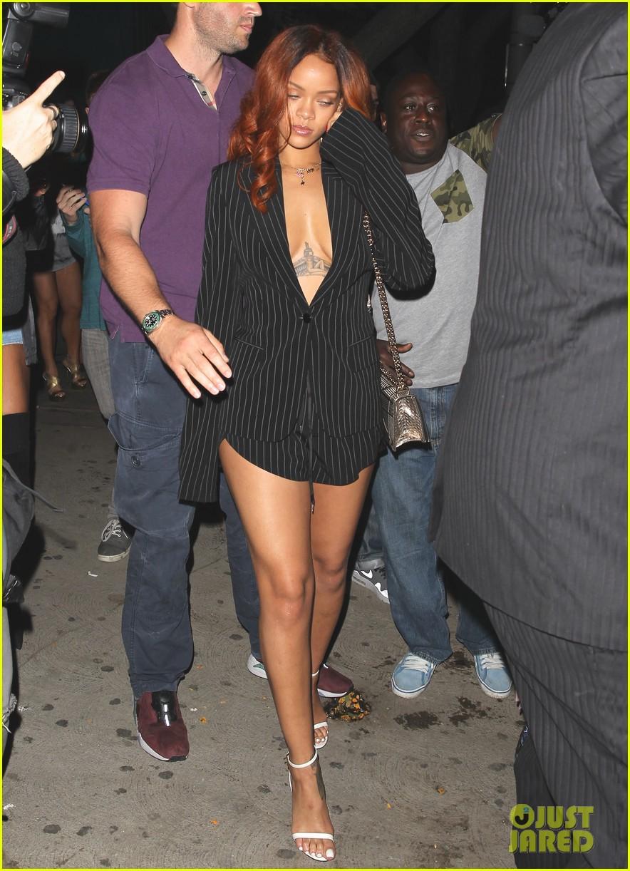 Back Brown His Chris Rihanna