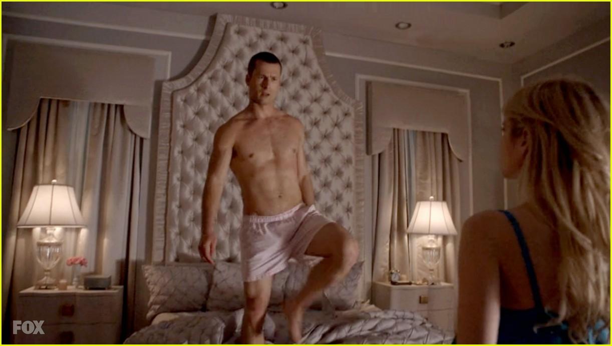 Nick Jonas Diego Boneta  Glen Powell Go Shirtless for