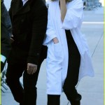 Gigi Hadid Bundles Up In Bathrobe During Photo Shoot Photo 3617099 Gigi Hadid Pictures Just Jared
