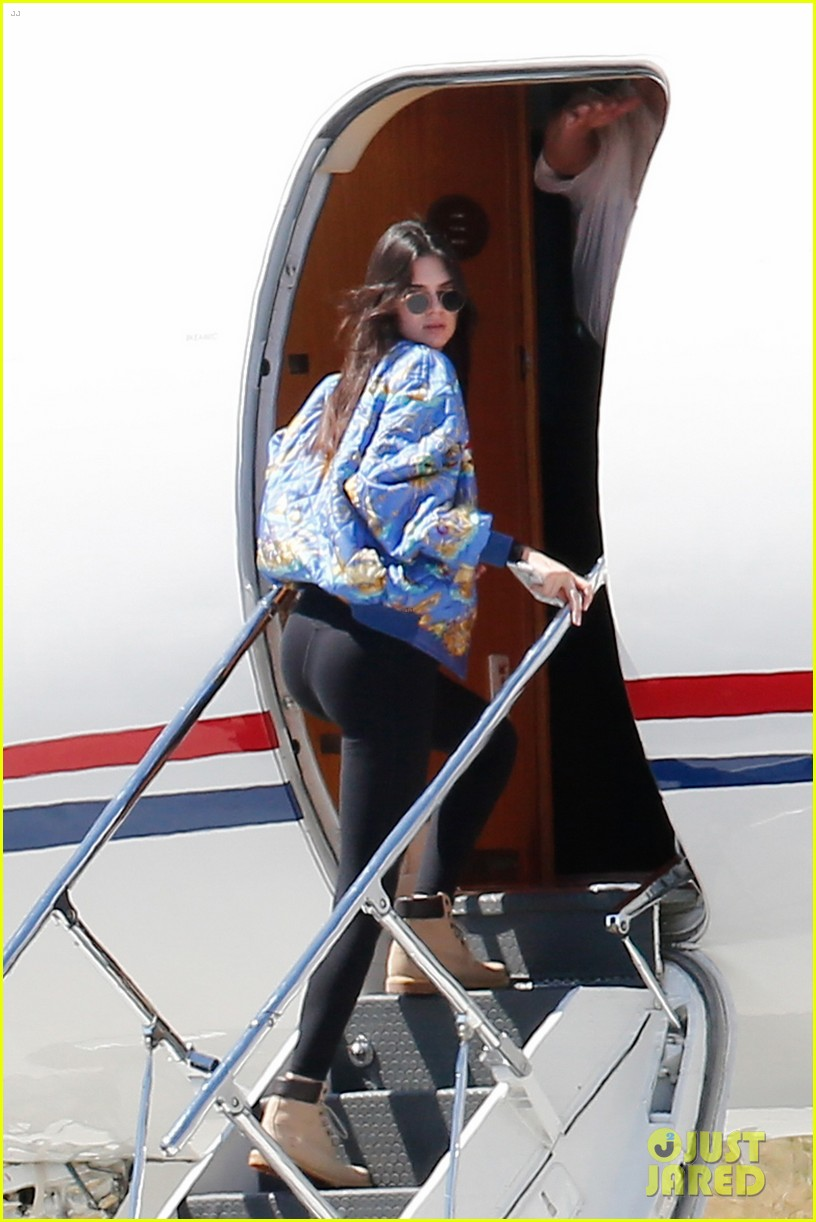 Kris Jenner Jets Kardashian Family Off to Surprise
