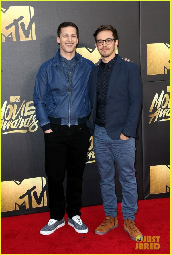Melissa Mccarthy & Amy Poehler Win Mtv Movie Awards 2016 3627027