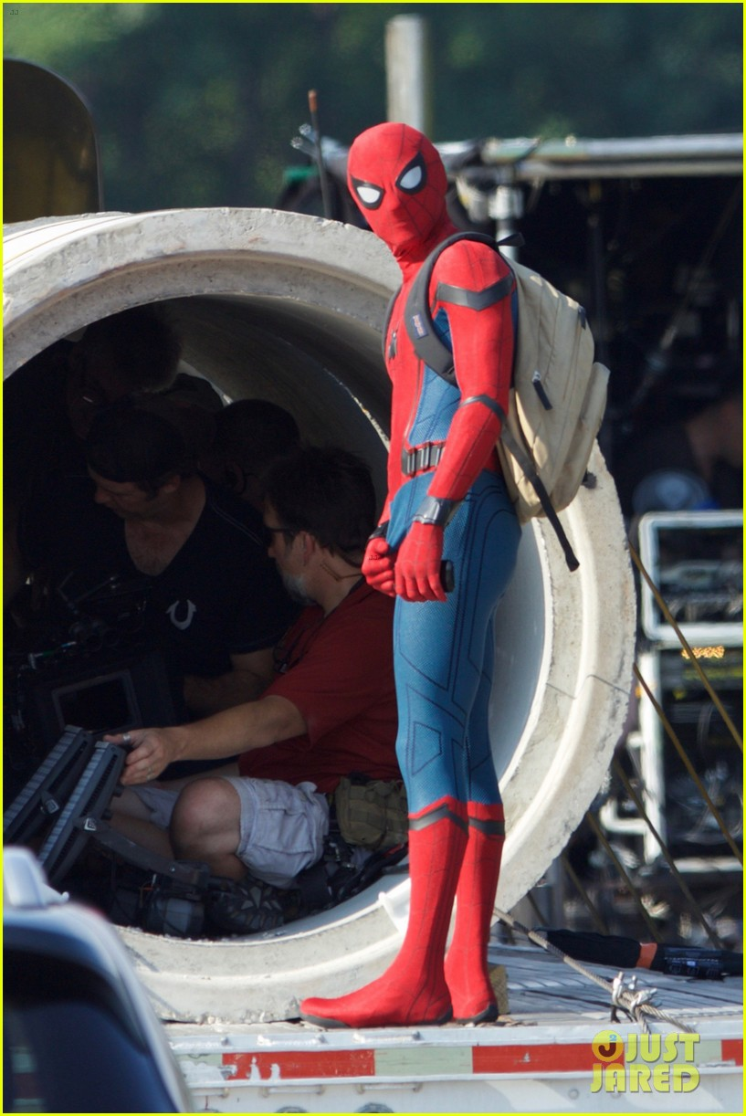 Tom Holland Wears Spider Man Costume For First Time On
