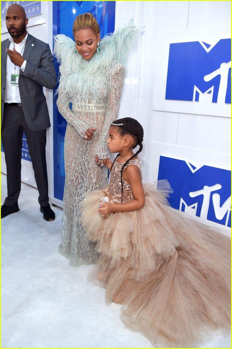 Beyonce  Jay Zs Daughter Blue Ivy is So Excited To Be
