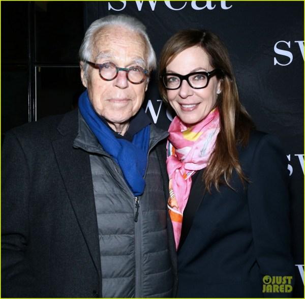 Rose Byrne & Sandra Broadway Night 'sweat