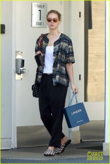 Jennifer Lawrence Cute & Casual Doctor Appointment