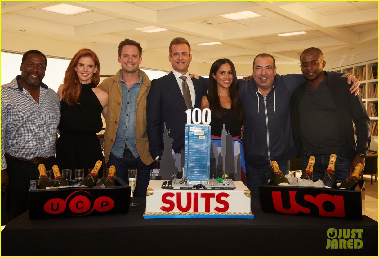 Meghan Markle Amp Suits Cast Celebrate 100th Episode