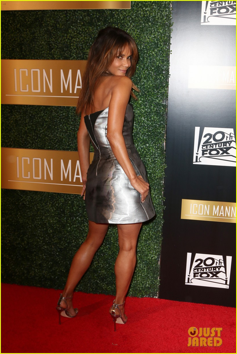 Halle Berry Helps Honor Cheryl Boone Isaacs At Icon Manns