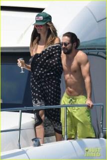 Heidi Klum & Tom Kaulitz Flaunt Bodies Pda In