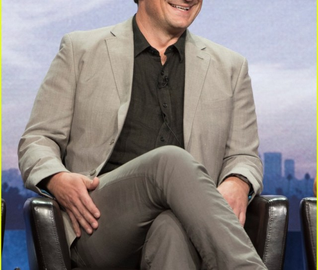 Nathan Fillion Joins The Rookie Co Stars At Summer Tcas