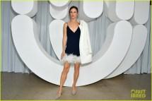 Kate Mara Julia Garner & Juliette Lewis Sit Front Row