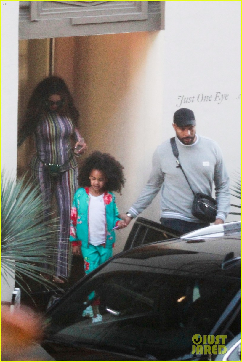 Beyonce Compares Current Blue Ivy Photo to Her Younger Self Photo 4216385  Beyonce Knowles