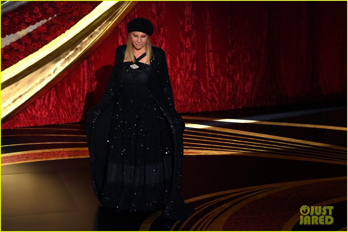 Barbra Streisand Introduces BlacKkKlansman During Best